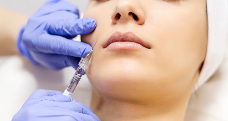 Μεσοθεραπεία – Ενέσιμο κοκτέιλ βιταμινών για λαμπερό δέρμα!